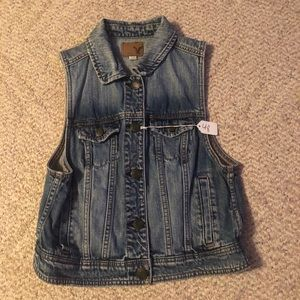 American Eagle Women's Denim Vest Jacket Medium